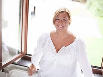 Chloé Renier, Herstellerin der Shanna-Foulard